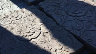 Carved Lavastone paver 60x40